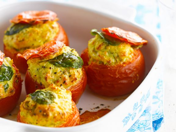 Baked Tomatoes Stuffed with Goat Cheese