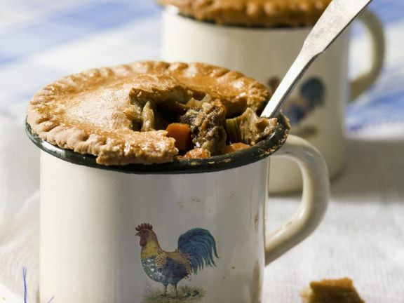 Beef and Vegetable Pies in Mugs