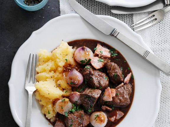 Beef, Baby Onion and Red Wine Stew