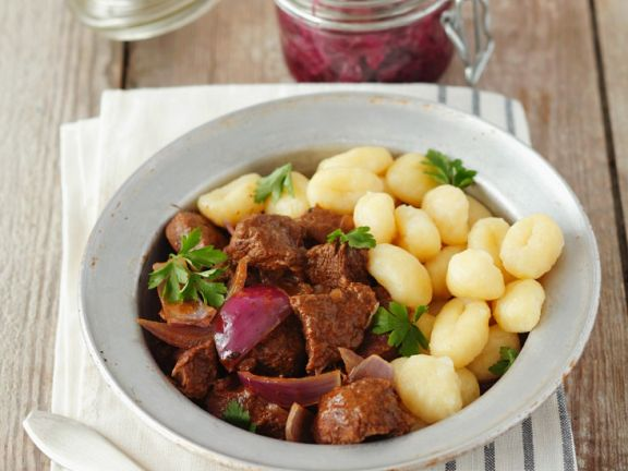 Beef Goulash with Onion