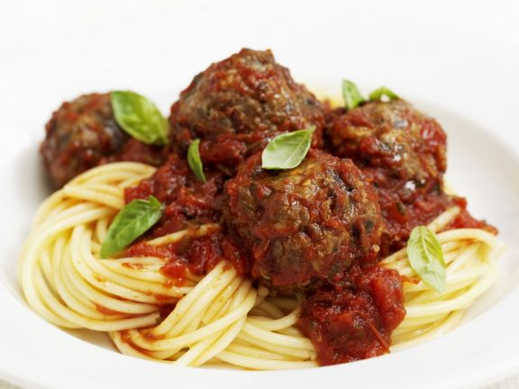 Beef Meatballs in Tomato Sauce with Spaghetti