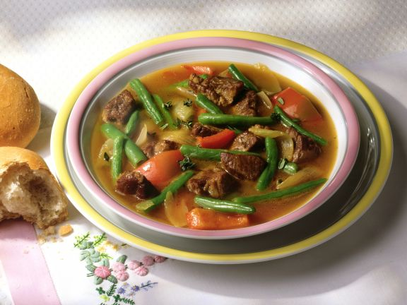 Beef Stew with Tomatoes and Green Beans