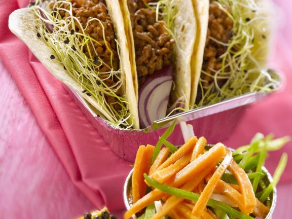 Beef Tortillas with Tropical Julienne