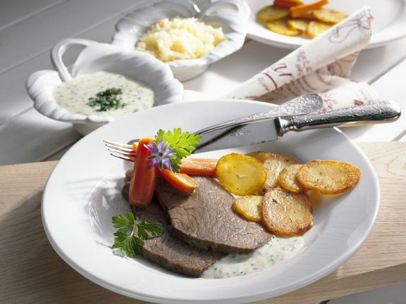 Beef with Chive Sauce and Horseradish Applesauce