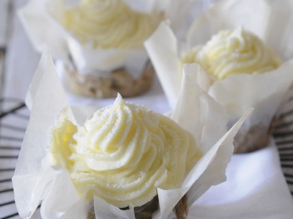 Beet Mini Cakes with Cream Cheese Frosting