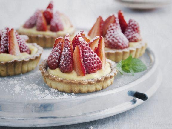 Berry and Custard Tarts