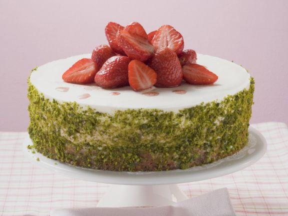 Berry and Green Nut Gateau