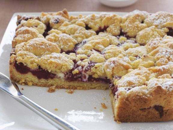 Berry Cake with White Chocolate