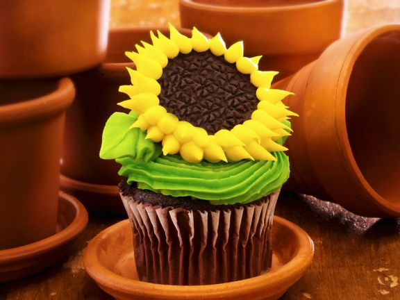 Big Yellow Flower Cakes