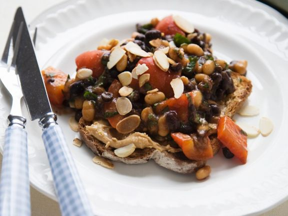 Black And White Bean Chili On Peanut Butter Toast Recipe Eat Smarter Usa