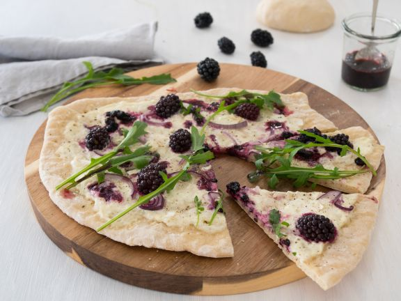 Blackberry Goat Cheese Pizza