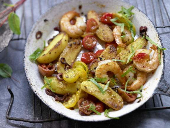 Braised Potatoes and Shrimp