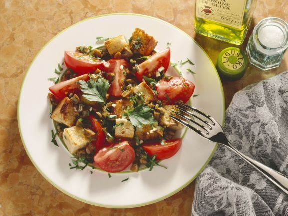 Bread Salad with Mushrooms and Tomatoes