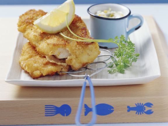 Breaded Fish Fillet with Remoulade