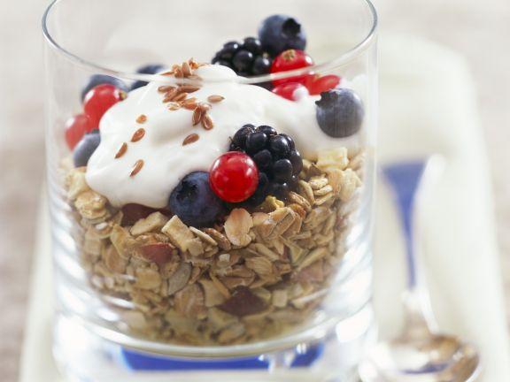 Breakfast Muesli with Yoghurt