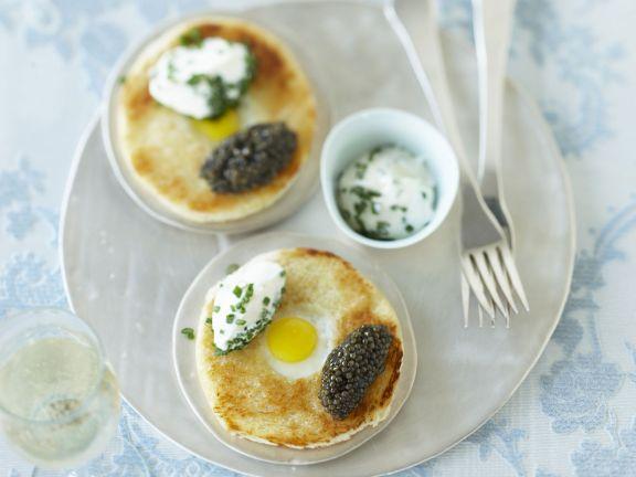 Brioche with Quail Eggs, Caviar and Sour Cream