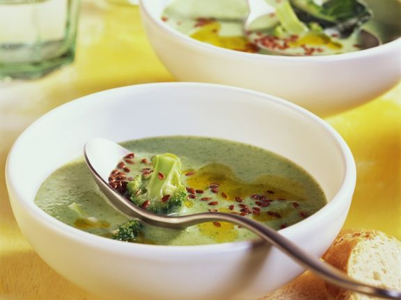 Broccoli and Flaxseed Soup