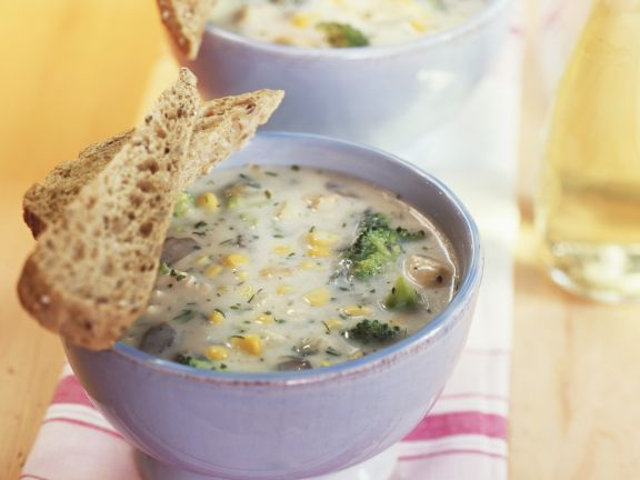 Broccoli Soup with Corn and Mushrooms