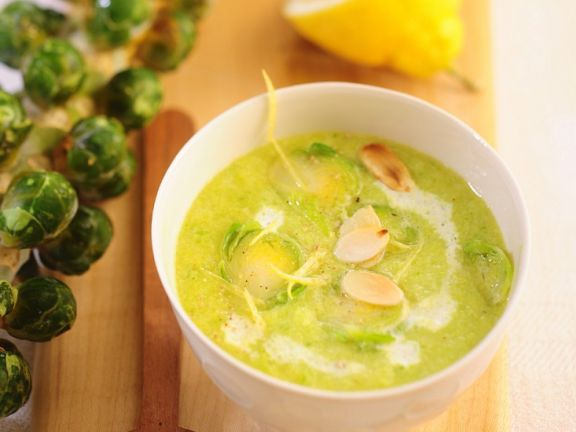 Brussel Sprout Soup with Almonds