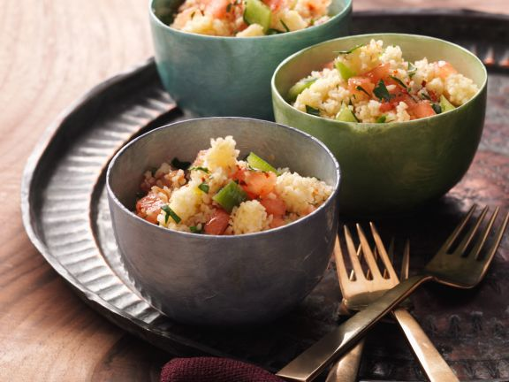 Bulgur and Tomato Salad with Lemon Herb Dressing