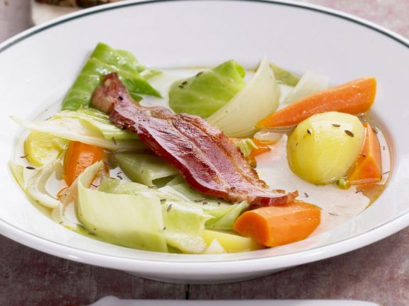 Cabbage, Carrot and Bacon Stew