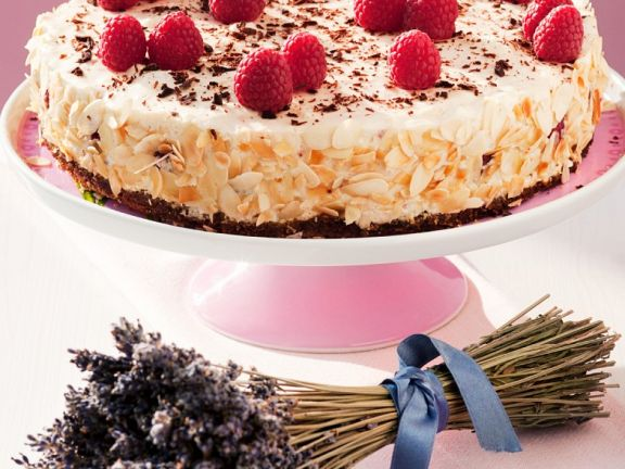 Cake with Raspberries and Cream