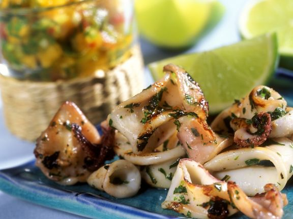 Calamari with Papaya Salsa and Lime