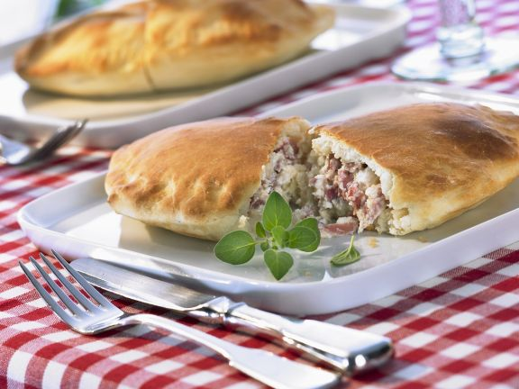 Calzone with Ricotta and Ham