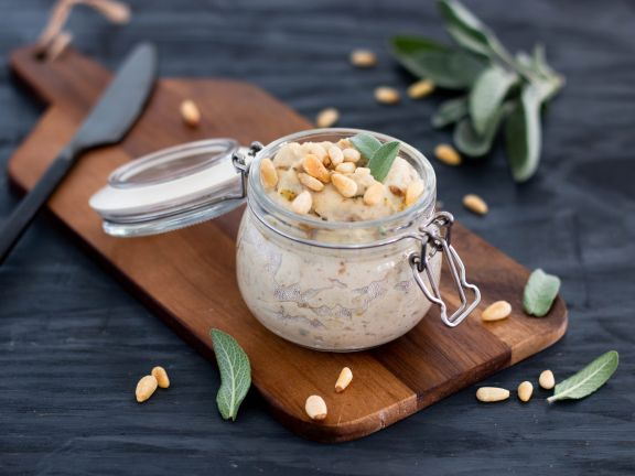 Celery and Pear Spread with Pine Nuts