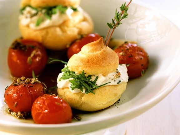 Cheese-filled Choux Buns