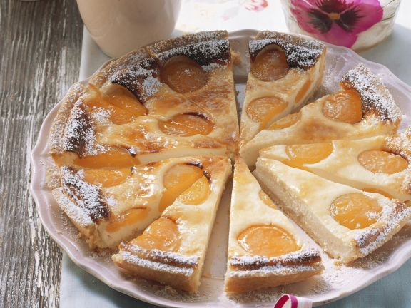 Cheesecake with Apricots
