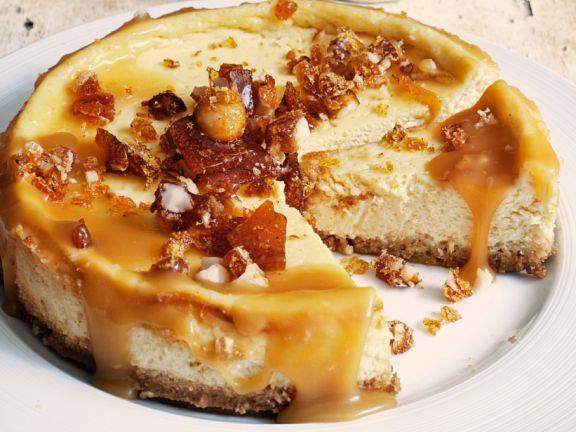 Cheesecake with Caramel Sauce