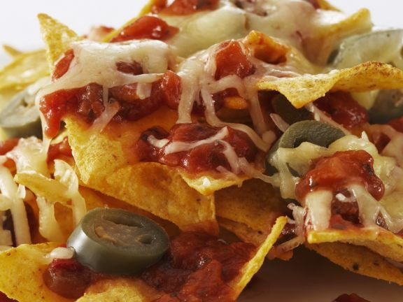 Cheesy Salsa Nachos