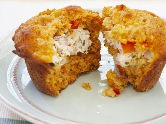 Chicken and Tomato Muffins