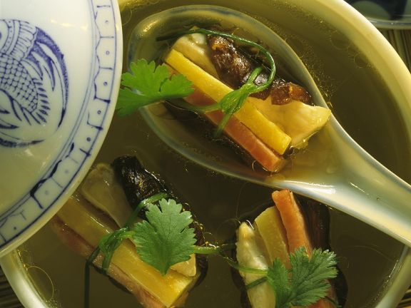 Chinese Broth with Parcels