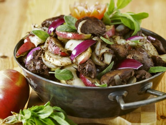 Warm Liver and Salad with Fruit