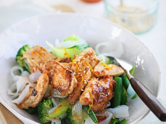 Chicken Stir-Fry with Rice Noodles and Lemon Chili
