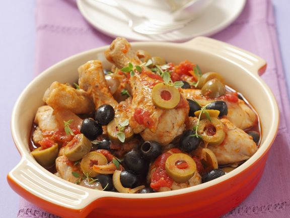 Chicken with Mediterranean Tomato and Olive Sauce