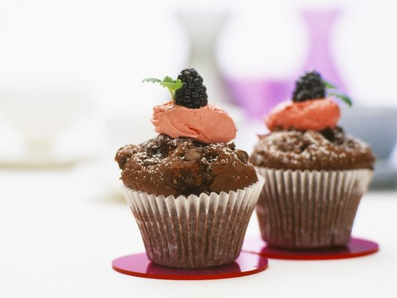 Chocolate and Berry Cupcakes