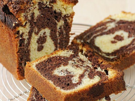 Chocolate and Vanilla Marble Cake