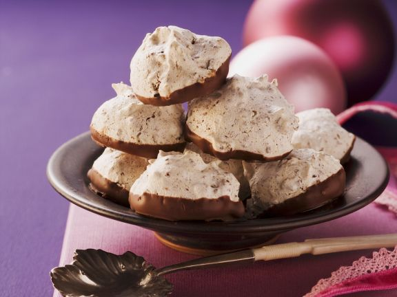 Chocolate Cherry Meringues