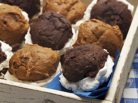 Chocolate Cream Muffins