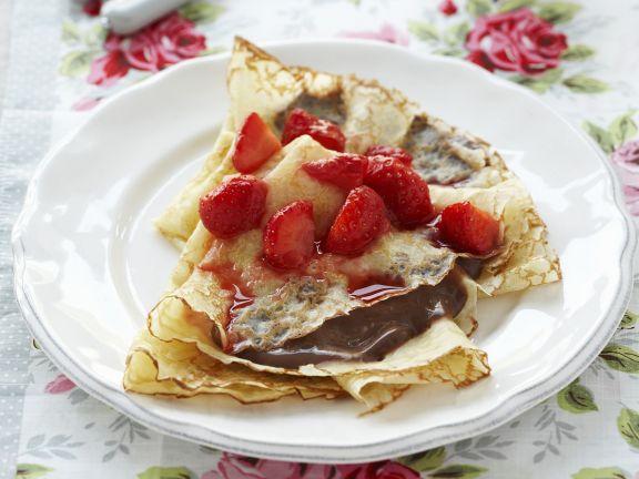 Chocolate Strawberry Crepes
