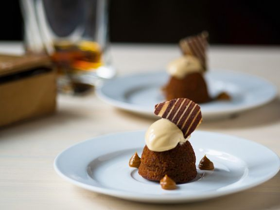 Chocolate Toffee Puddings and Caramel Ice Cream