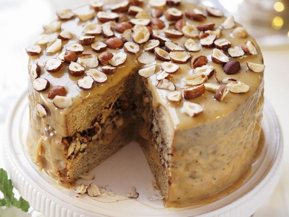 Christmas Cake with Caramel and Hazelnut