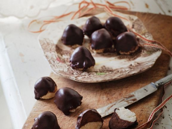 Christmas Marzipan and Chocolate Pralines