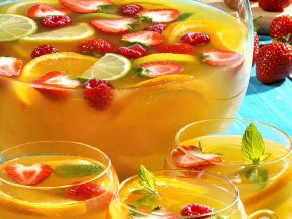 Citrus Punch with Berries