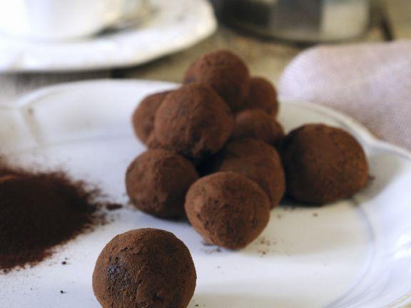 Cocoa Dusted Liqueur Truffles