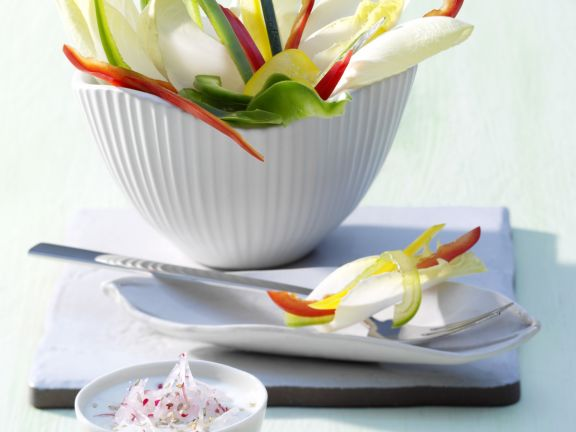 Colorful Raw Vegetables with Radish and Kefir Dip