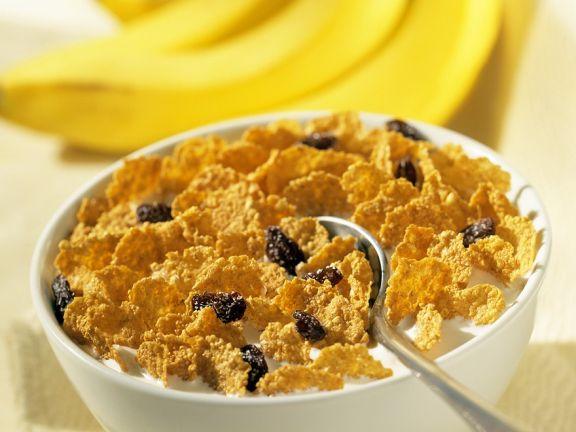 Cornflakes with Milk and Raisins